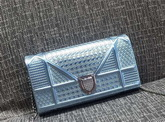 Diorama Wallet On Chain Pouch Metallic Light Blue for Sale