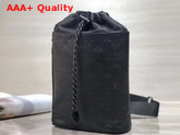 Louis Vuitton Chalk Sling Bag Noir M44633 Replica